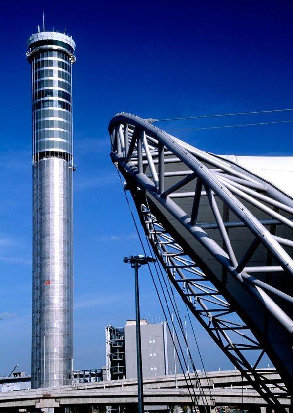 Torre del aeropuerto de Suvarnabhumi