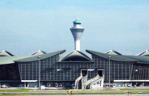 Torre del Aeropuerto de Kuala-Lumpur