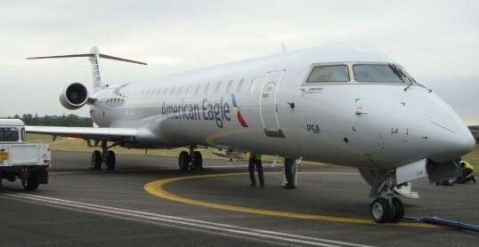 Bombardier exhibe el CRJ900 NextGen
