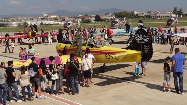 Muchos niños pudieron subirse a los pudieron a los aviones de la Patrulla Jacob 52 / Foto: JFG