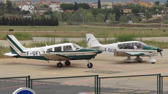 Dos aviones franceses, en el aeropuerto de Sabadell el pasado mes de agosto / Foto: JFG