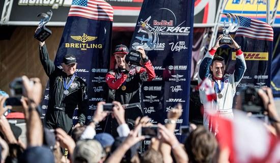 El podio de la carrera de Las Vegas