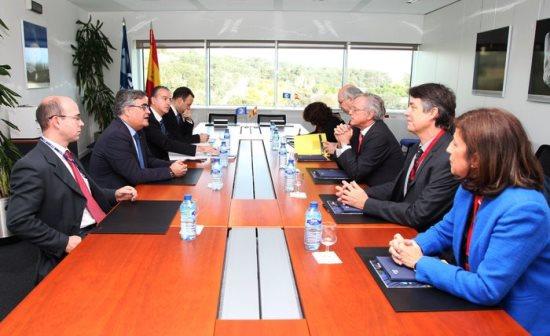 Representantes de la Universidad Carlos III y de la ESA durante la reunión / ESA