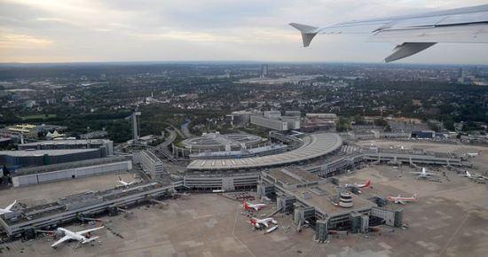 Terminal del Aeropuerto de Düsseldorf / Foto: Wikipedia