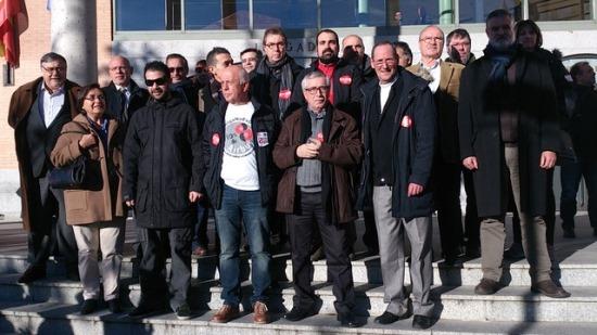 Imagen de la concentración, ayer en los juzgados de Getafe / CCOO