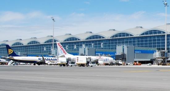 Aeropuerto de Alicante / Aena