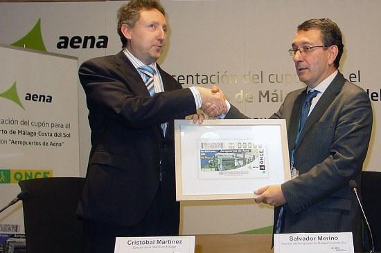 Cristóbal Martínez, director del Aeropuerto, y Salvador Merino,