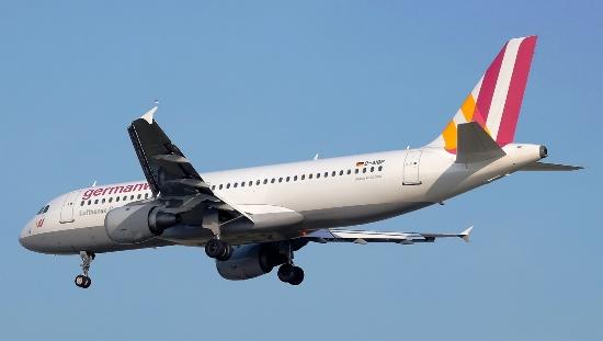 Airbus A320 de Germanwings, al llegar al aeropuerto de Barcelona el pasado 12 de marzo / Adolfo Malet