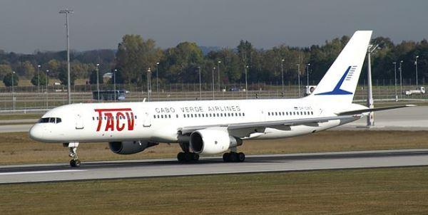Boeing 757 de TACV Cabo Verde / Foto: Juergen Lehle - Wikipedia