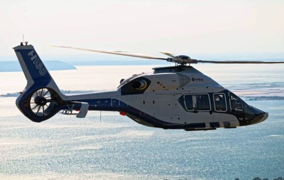 Primer vuelo del H160 / Airbus Helicopters