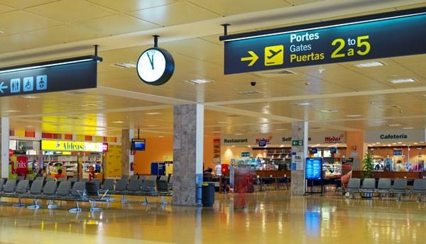 Terminal del Aeropuerto de Girona-Costa Brava / Aena