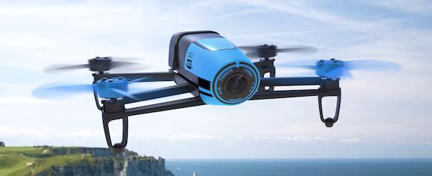 Uno de los últimos drones de Parrot es el Bebop Blue