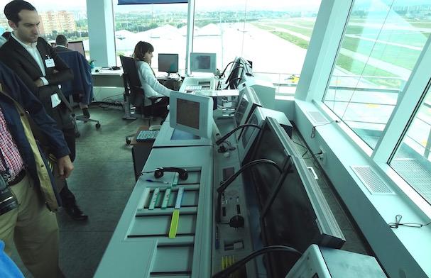 Pueden trabajar de forma simultánea dos controladores / JFG