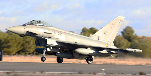 Despega desde la base aérea de Albacete de uno de los Eurofighters destacados en Lituania / Ministerio de Defensa
