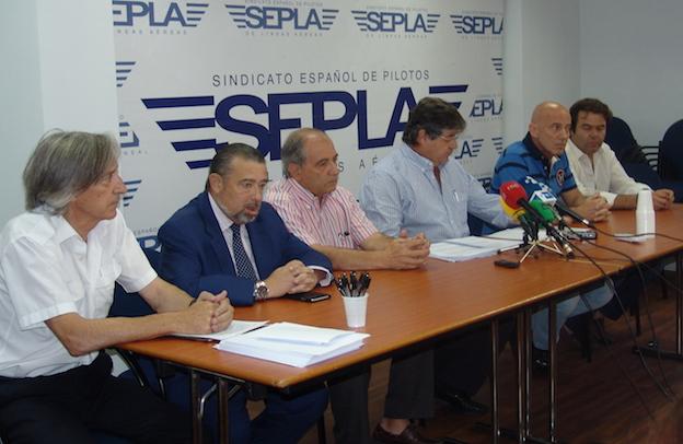 Representantes del SEPLA en Air Europa